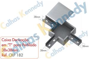 """Acessórios para Perfilados - Caixa com Derivação em """"T"""" para Perfilado 38x38mm"""